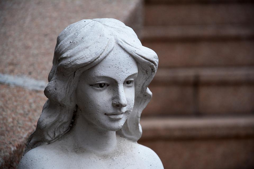 statue-1202683_960_720